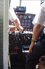 Vol JU52 dcollage de Locarno et retour vers Dubendorf (peuplier) Tags: dubendorf locarno ju52 juair aroport airport aeroporto dcollage tessin ticino junkers avion tanteju aviation airplane flugzeug