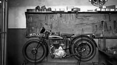 Motorbike (Tiph Haine) Tags: canon 6d french franais france canon6d fullframe pleinformat canonfrance eos amateur lightroom canoneos6d 24105 24105mm f4 is usm l llenses canonef24105mmf4lisusm llens tpix discover bruxelles belgium travel ville city motorbike museum autoworld bw blackandwhite