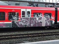 AGUS (mkorsakov) Tags: red rot train graffiti zug bahnhof colored wtf agus hbf bunt münster rb42