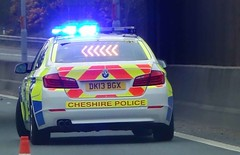 Cheshire Police Deal with Motorway Incident DK13 BGX (sab89) Tags: blue light port out call motorway cheshire crash police vehicle emergency wirral ellesmere smach m53