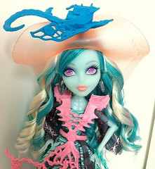 You want me to push you overboard? (dolldudemeow24) Tags: monster high doll haunted doubloons vandala