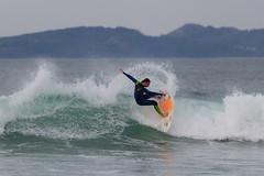Surf en Patos (dfvergara) Tags: blanco azul mar agua surf playa cielo olas tabla patos espuma surfista surfero playadepatos