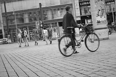 (diletta111) Tags: streetphotography bicicletta bn berlino