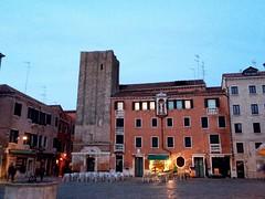 Venezia. (coloreda24) Tags: venice italy europa europe italia venise venecia venezia dorsoduro 2014 veneto camposantamargherita sestieredorsoduro iphone4s