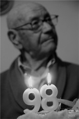 Buon Compleanno Papà!!!! (gicol) Tags: birthday family de daddy dad verjaardag famiglia father geburtstag 98 ama papa vader apa papà aniversário pai cumpleaños padre compleanno 生日 far baba babbo vater ميلاد père 誕生日 zi عيد 父 рождения születésnap день אבא mesagne отец 父亲 پدر günü doğum γενέθλια الأب πατέρασ tată naştere