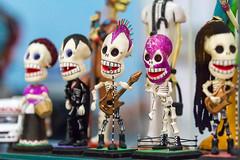 Los Cantantes @ La Buena Onda (Pzado) Tags: banda katrina la arte artesanato band singer texmex caveira catrina cantante luchadores caveirinha