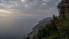 DSC07079 (eliazar.dominantez) Tags: sunset sea italy sun clouds landscape italia liguria ligury horizon cinqueterre sinquetere
