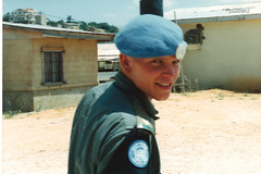 1992 UNIFIL - The MP visit from Naqoura (Normann Photography) Tags: lebanon soldier peace military duty peaceful norwegian unitednations 1992 es peacecorps defence peacekeepers ebel libanon norwegianarmy saqi unifil naqoura unitednationsinterimforcesinlebanon fntjeneste unservice