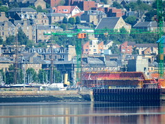 Building the new V&A on right (nz_willowherb) Tags: weather reflections scotland fife dundee calm estuary tay lowwater highpressure wormit