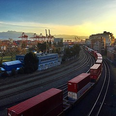 Saturday morning sunrise view... #vancouver #saturday #sunrise #morningview #trains #cranes #mountains #portmetrovancouver (HappyBarbers) Tags: mountains vancouver sunrise square trains cranes squareformat vancity morningview iphoneography insidevancouver instagramapp uploaded:by=instagram