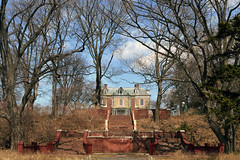 Van Cortlandt House Museum (Eddie C3) Tags: newyorkcity history bronx vancortlandtpark