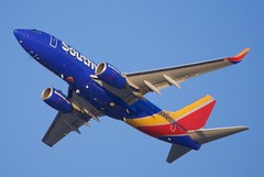 Southwest Airlines Boeing 737-300, latest colors, 2016. DSC_20100 (wbaiv) Tags: sun southwest bicycle plane fence airplane outside evening airport highway san afternoon aircraft jose north flight jet engine overpass pedestrian trail 101 international civil commercial luv end sjc vehicle operations motor passenger boeing airlines pointing setting departure takeoff airliner upward 737 winglets delacruz mineta swa centralexpressway cfm56