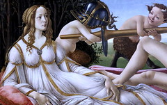 IMG_0413CKC Sandro Botticelli. (Alessandro di Mariano di Vanni Filipepi) 1445-1510.  Florence. Venus and Mars.  vers 1485.   Londres National Gallery. (jean louis mazieres) Tags: greatbritain london museum painting unitedkingdom muse nationalgallery londres museo peintures peintres grandebretagne alessandrobotticelli