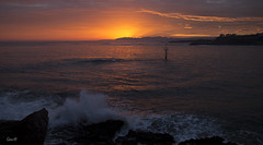 La luz... (lesxanes) Tags: sea sky espaa seascape color beauty sunrise mar spain waves asturias luanco amanecer cielo olas