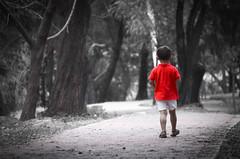 caminado por el parque (rosatifamadelrio) Tags: fave30