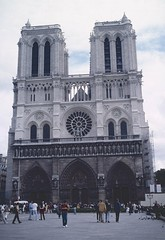 Paris 1997 (patrikmloeff) Tags: world voyage city travel holiday paris france beautiful analog vacances reisen frankreich holidays europa europe ledefrance earth urlaub capital hauptstadt kathedrale notredame cathdrale stadt terre voyager analogue traveling monde iledefrance ferien notredamedeparis ville cathedrale fassade reise gotik franc lafrance parigi welt iledelacit erde iledelacite gotisch ledelacit verreisen stadtderliebe