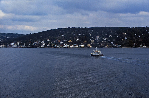 """40 Oslofjord 1984 • <a style=""""font-size:0.8em;"""" href=""""http://www.flickr.com/photos/69570948@N04/16844233559/"""" target=""""_blank"""">View on Flickr</a>"""