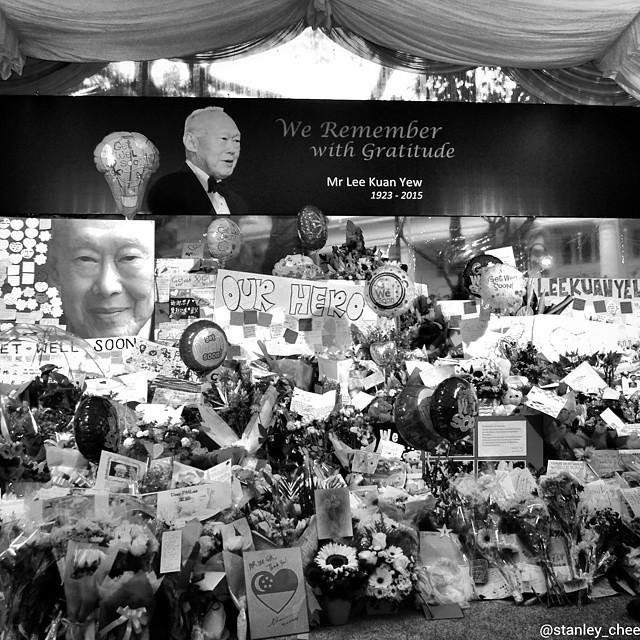 Remembering Mr Lee Kuan Yew In Memory of Our Founding Father Singapore General Hospital Hospital Drive Singapore  #ThankYouLKY #rememberingLKY #RIPLKY #tributetoLKY #RememberingLeeKuanYew