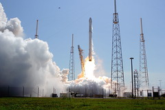 "Falcon 9 Launches From SLC-40 • <a style=""font-size:0.8em;"" href=""http://www.flickr.com/photos/12150483@N04/17174400536/"" target=""_blank"">View on Flickr</a>"
