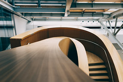 Gehry staircase 5 (kzhw) Tags: toronto museum architecture gehry fujifilm rom x100t