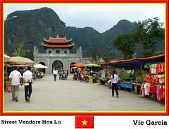 Street Vendors Hoa Lu (vicbrasil) Tags: street people vietnam hanoi sapa hilltribe cuong hoalu vendors northeastregion northwestregion redriverdeltaregion