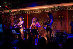 IMG_2641 (Cherie B. Tay) Tags: nyc concert ukulele 54below theskivvies