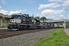 Showroom Fresh (Trainboy03) Tags: pennsylvania ns norfolk rochester southern pa 7305