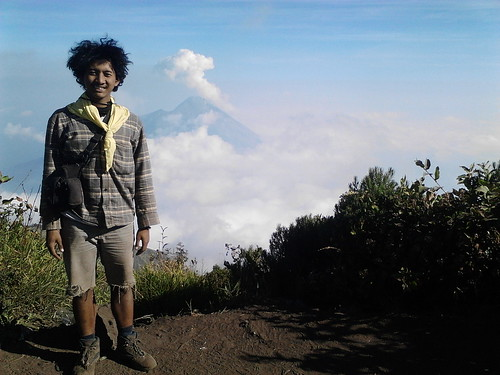 "Pengembaraan Sakuntala ank 26 Merbabu & Merapi 2014 • <a style=""font-size:0.8em;"" href=""http://www.flickr.com/photos/24767572@N00/27163029875/"" target=""_blank"">View on Flickr</a>"