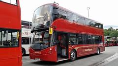National Express West Midlands 3302 SL16 YPM - Wrightbus StreetDeck (Retroscania!) Tags: bus buses wright publictransport daimler nationalexpress busgarage wrightbus streetdeck pensnett nxwm