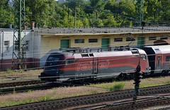 2016_Ferencvros_2122 (emzepe) Tags: railroad station yard train tren hungary budapest engine eisenbahn railway zug bahnhof loco class series locomotive bahn railyard ungarn classification 2016 lokomotiv hongrie nyr jnius vonat plyaudvar vast ferencvros ferencvrosi mozdony sorozat lloms vastlloms sorozat plyaszm