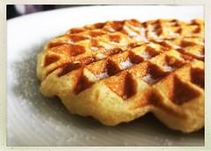 Bad weather.....time for Belgian Waffles! (Quitschiehund) Tags: food essen waffles iphone hipstamatic macrodesserts belgienwaffles