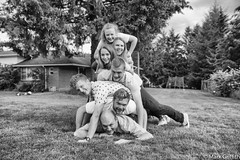 Stack of Noels (Mark Griffith) Tags: washington photoshoot familyphoto tamron2875mmf28 noelfamily mayvalley sonya7rii 20160710dsc07844edit