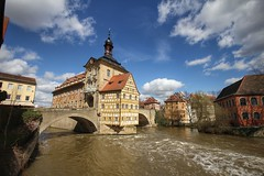 Altes Rathaus, Bamberg. (joseph_donnelly) Tags: bridge building river germany bayern bavaria bamberg townhall brücke fluss rathaus altesrathaus