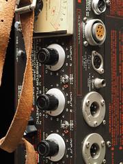 Auricon (efe-9) Tags: vintage bogot olympus zuiko 60macro auricon efe9