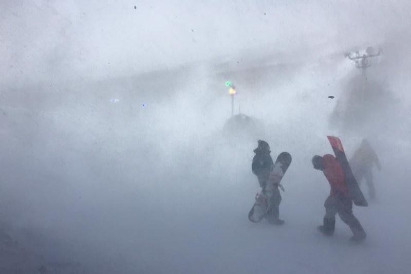 暴風雪滑雪初體驗