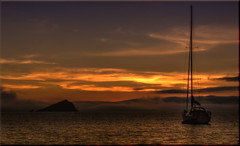 Evening Spirit [Explored 12/04/2015] (Nickerzzzzz - Thanks for stopping by :)) Tags: sunset sea cloud mist water river landscape yacht plymouth yealm nossmayo mewstone explored eveningspirit cellarsbeach ©nickudy