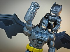 Mattel  Electro-Armor Batman & Jada  Metals Die Cast  Armored Batman  Rocky! (My Toy Museum) Tags: superman v armor batman armour armored mattel jada diecast armoured