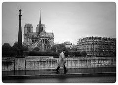 A postcard (Mister Blur) Tags: blackandwhite paris nikon october postcard nostalgia rainy late postale carte d7100 thechroniclesof thelighttraveler