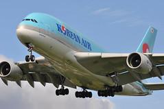 KE0907 ICN-LHR (A380spotter) Tags: approach arrival landing finals shortfinals threshold belly airbus a380 800 msn0156 hl7628  koreanair kal ke ke0907 icnlhr runway27l 27l london heathrow egll lhr