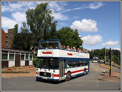 BKE 861T, Wellingborough (Jason 87030) Tags: blue light red sun white bus clouds canon bristol fun eos day blossom rally transport july passengers topless vehicle welly gala vr wellingborough decker opentop 2016 judds opentourer bke861t castleway emblins