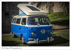 VW Caravette (Paul Simpson Photography) Tags: vwcamper vwcaravette volkswagen car 1970s 1971 carshow classiccars cars van imageof imagesof paulsimpsonphotography photoof photosof lincoln lincolnclassiccarshow may2016 lincolncastle blue german classic