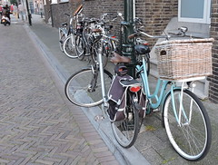 dutch pushbikes (1) (bertknot) Tags: bikes fietsen fiets pushbikes dutchbikes dutchpushbikes