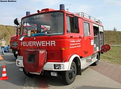 Mercedes 709 fire truck (Schwanzus_Longus) Tags: light rescue white truck germany mercedes benz box small transport engine german delivery vehicle fireengine van emergency department freight 708 deliverytruck oldvehicle delmenhorst freighttransport