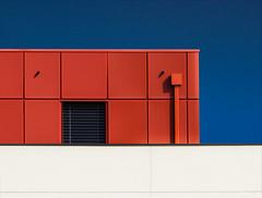 Rennes - Télécom Bretagne (Hervé Marchand) Tags: blue red rouge colours details bretagne minimal bleu rennes urbain
