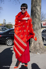 PARIS FASHION WEEK ready to wear Fall/Winter 2015/2016 - PARIS SEMAINE de la MODE Prêt à Porter Automne Hiver 2015/2016 (F.B.O. Farid Bernat Ortells) Tags: show city girls red portrait paris color men beauty fashion canon design photo women mannequins photos couleurs models hats hairdo style beauté collections 5d trend mode freinds coiffures furs fourrures fashionweek readytowear attitudes prêtàporter streetstyle coiffes reportages atmosphère défilés créateurs faridbernatortells comportements semanedelamode fallwinter20152016 pap20152016