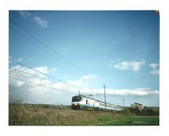 IC 596 (skatuba) Tags: film polaroid pack instant peel fs apart ferrovia colorpack