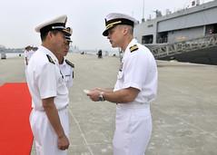 150424-N-QL961-045 (U.S. Pacific Fleet) Tags: china japan sailors plan usnavy underway flagship lcc19 ussblueridge