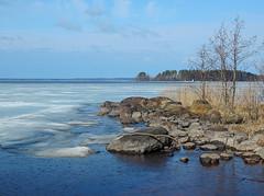 Pyhäselkä - Finland (Sami Niemeläinen (instagram: santtujns)) Tags: lake ice suomi finland landscape north maisema joensuu järvi jää karjala pyhäselkä carelia pohjois