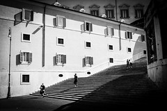 [ couples ] ([ chang ]) Tags: street windows light shadow people blackandwhite bw white black rome roma byn blanco luz scale window stairs person persona shot gente negro ombra sombra bn persone shade bianco nero quirinale streetshot finestre scalinata wwwriccardoromanocom