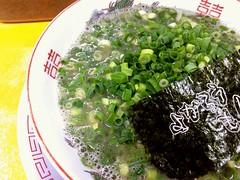Ramen topped with sliced spring onion from Yokaroumon @ Ryogoku (Fuyuhiko) Tags: from tokyo spring with ramen  onion sliced  topped ryogoku       yokaroumon